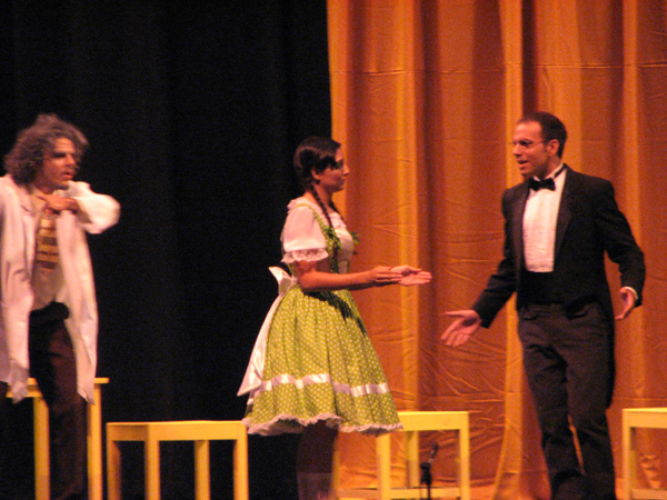 11.2 Teatro UPR (Teatro Lirico Puntos Cardinales 4abr09) 214 1