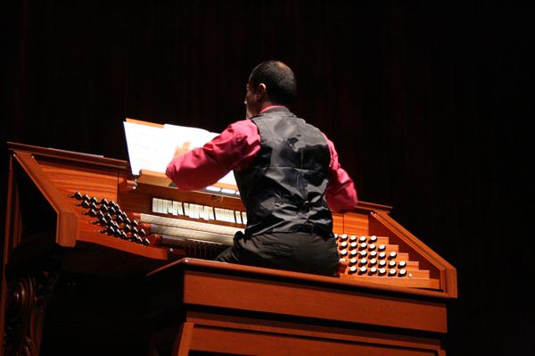 18.2 October 20, 2009 Concierto de Órgano 1