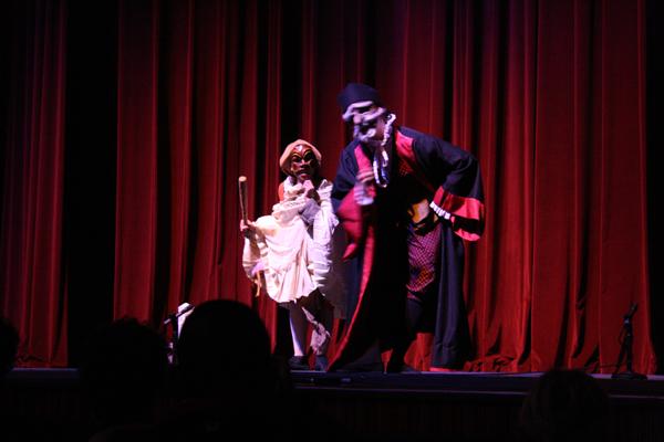 30.4 Teatro UPR (Cabaretazo Humanis 30marzo2011) 401 1