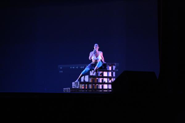 30.8 Teatro UPR (Cabaretazo Humanis 30marzo2011) 704 1