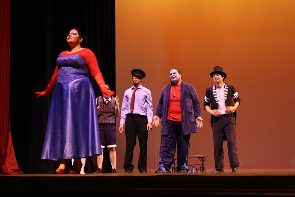 31.4 Teatro UPR (Cabaretazo Humanis 31marzo2011) 921 1