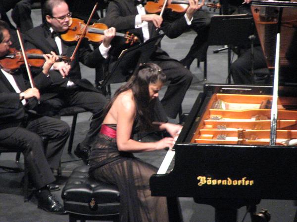 7 Teatro UPR (Festival Casals 7 marzo 2009) 006 1